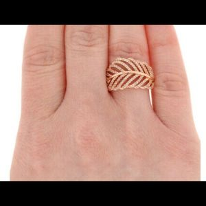 Pandora Light as a Feather Gold Plated Silver Ring